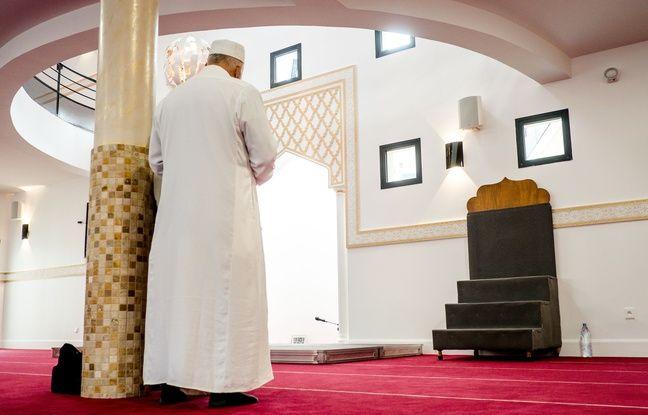 La nouvelle mosquée de la Duchère a ouvert vendredi 18 novembre 2016. KONRAD K/SIPA