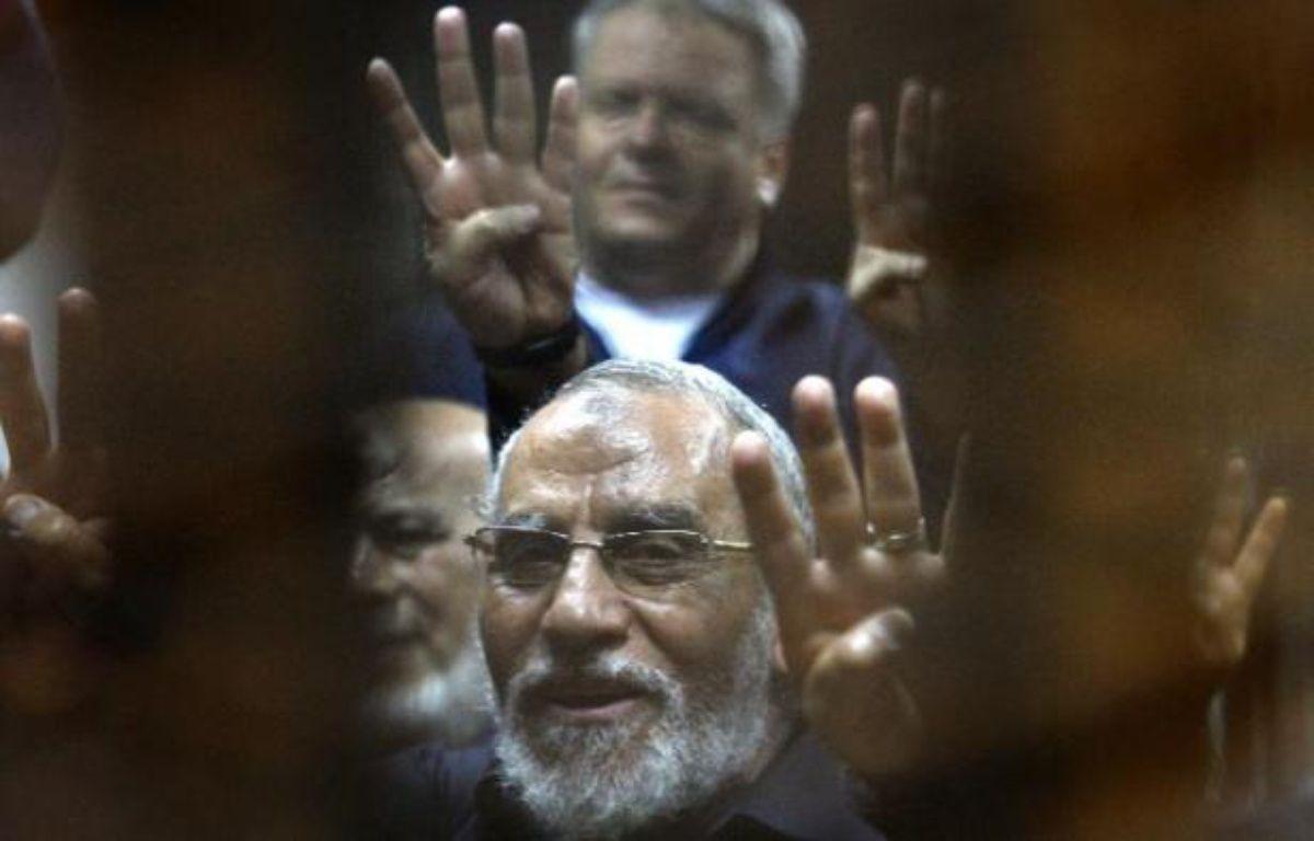 Le guide suprême des Frères musulmans Mohamed Badie lors de son procès au Caire, le 15 septembre 2014 –  AFP