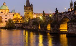 La rivière Vltava pourrait signifier « eau sauvage » en germanique ancien.