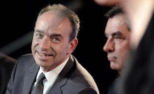 Le président de l'UMP Jean-François Copé et l'ancien Premier ministre François Fillon en meeting à Strasbourg, le 5 mars 2014