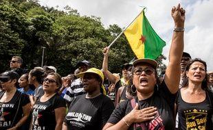 Des manifestants guyanais occupent le Centre spatial de Kourou, le 4 avril 2017.