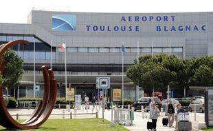 Aéroport de Toulouse-Blagnac, le  mai