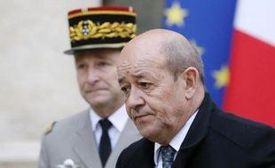 Le ministre de la Défense, Jean-Yves Le Drian, le 12 janvier 2015 à Paris