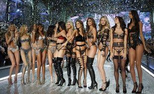 Les «anges» de Victoria's Secret ont défilé à Paris le 30 novembre 2016.