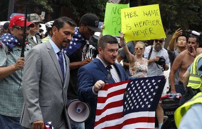 VIDEO. Etats-Unis: Devant la Maison Blanche, des centaines de contre-manifestants vont à la rencontre d'une poignée de néonazis