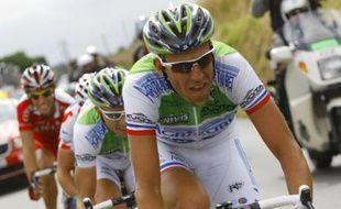 Christophe Moreau, le coureur de l'équipe cycliste Agritubel, lors de la 2e étape du Tour de France, le 6 juillet 2008