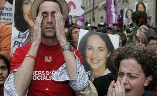Les partisans socialistes à l'annonce de la défaite de leur candidate.