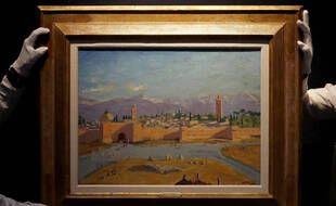 La toile peinte par Winston Churchill et intitulée « La tour de la mosquée Koutoubia », lors de sa présentation par Christie's à Londres le 17 février 2021.