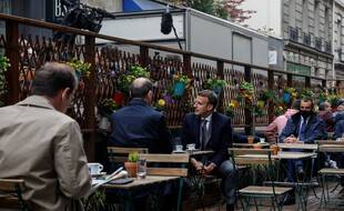 Emmanuel Macron et Jean Castex se sont retrouvés en terrasse ce mercredi 19 mai.