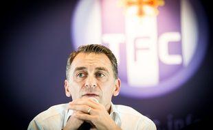 Le président du Toulouse Football Club Olivier Sadran lors d'une conférence de presse, le 1er juillet 2014 au Stadium de Toulouse.