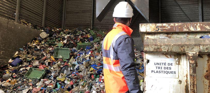 En service depuis fin 2019, l'unité de tri dédiée aux plastiques rigides du groupe Veolia monte progressivement en charge à Rennes.