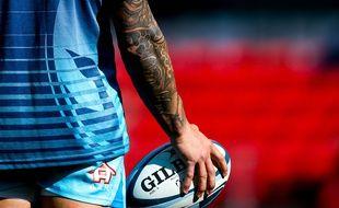 Le bras tatoué du Sud-Africain Francois Hougaard, évoluant dans le club anglais des Worcester Warriors, le 23 septembre 2018.