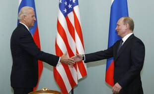 En 2011, Joe Biden, alors vice-président des Etats-Unis, rencontrait Vladimir Poutine, alors premier ministre russe. (archives)