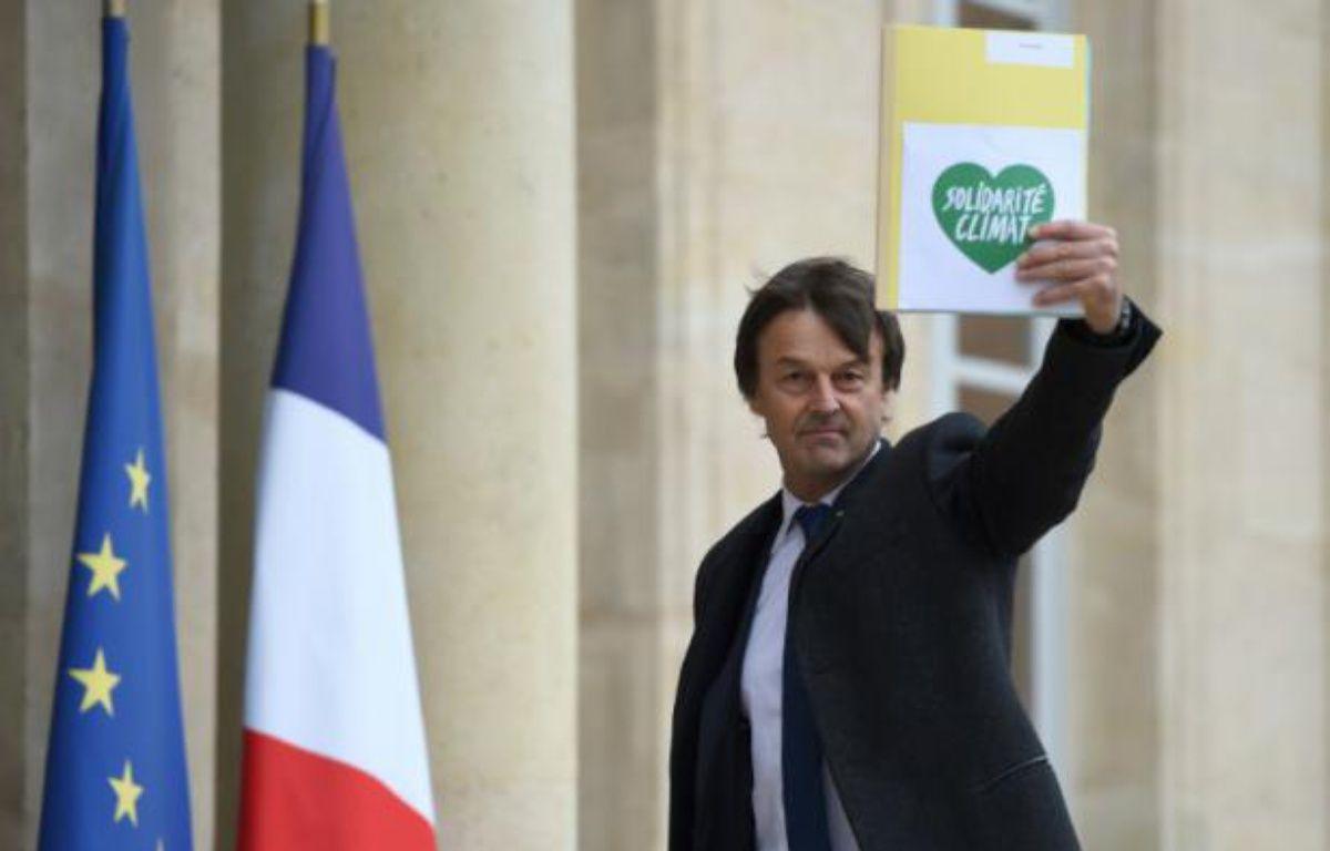 Nicolas-Hulot à son arrivée le 29 novembre 2015 à l'Elysée – STEPHANE DE SAKUTIN AFP