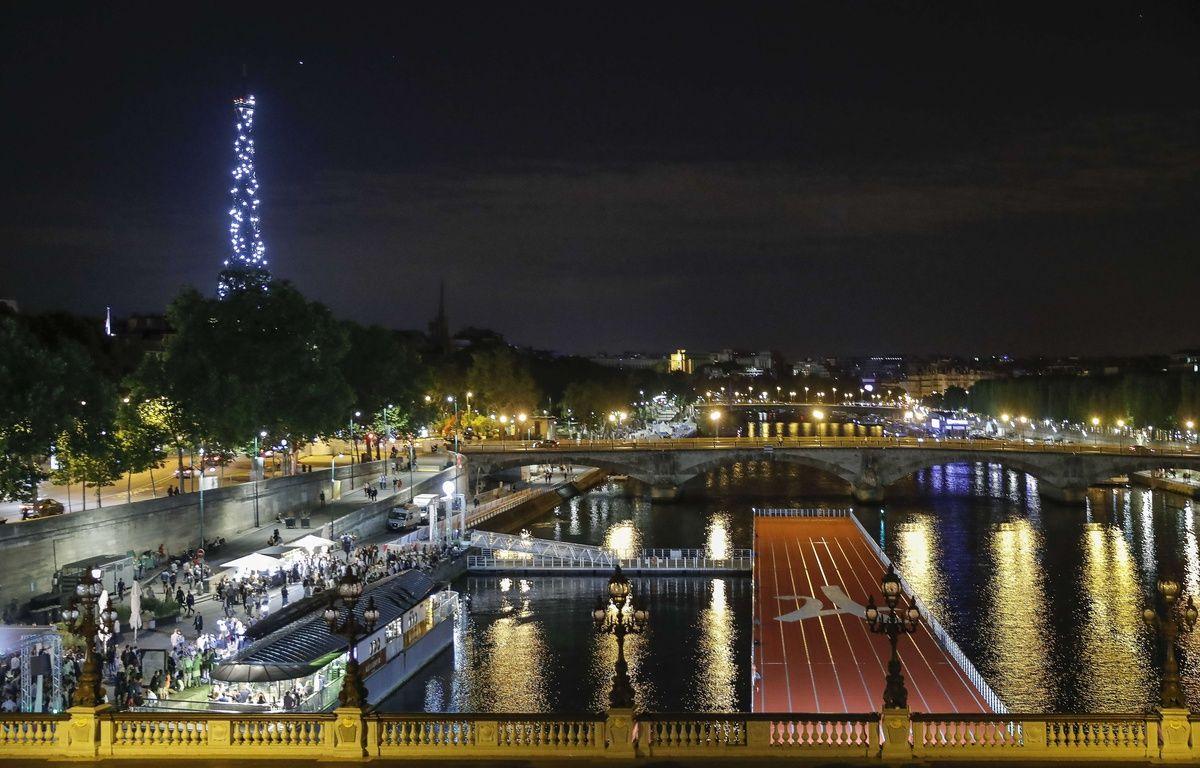 Paris by night et by JO. C'est beau.  – STEPHANE ALLAMAN/SIPA
