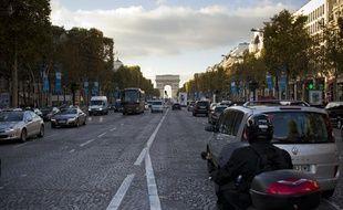 L'avenue des Champs Élysées, à Paris, le 13 novembre 2013.