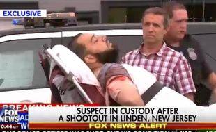 Le suspect des attaques à la bombe samedi à Manhattan et dans le New Jersey, Ahmad Khan Rahami a été arrêté dans la banlieue de New York, le 19 septembre 2016.