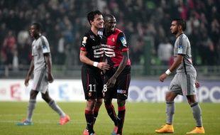 Philipp Hosiner et Abdoulaye Doucouré après la qualification du Stade Rennais en Coupe de la Ligue aux dépens de l'OM, en octobre 2014.