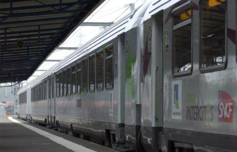 SNCF : Ça y'est, le chantier de modernisation de la ligne de train Nantes-Bordeaux a débuté