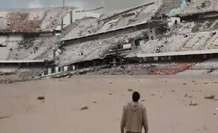 Un Camp Nou dévasté dans le film
