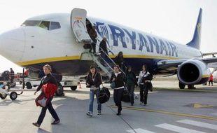 Un avion de la compagnie aérienne irlandaise Ryanair, numéro 1 de l'aérien low cost en Europe.