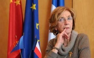 La ministre du Commerce extérieur Nicole Bricq lors d'une conférence de presse conjointe avec le ministre des Finances chinois, le 24 février 2014 à Paris