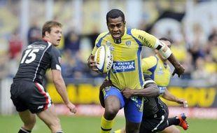 Clermont a pris seul la tête du Top 14 de rugby grâce à sa victoire bonifiée 41 à 0 sur Biarritz, samedi lors de la 9e journée du Championnat de France.