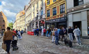 Lille, le 6 septembre 2020. La grande braderie de Lille a été annulée en raison de l'épidémie de coronavirus. La mairie a néanmoins permis la tenue d'une braderie des commerçants au cous du week-end.