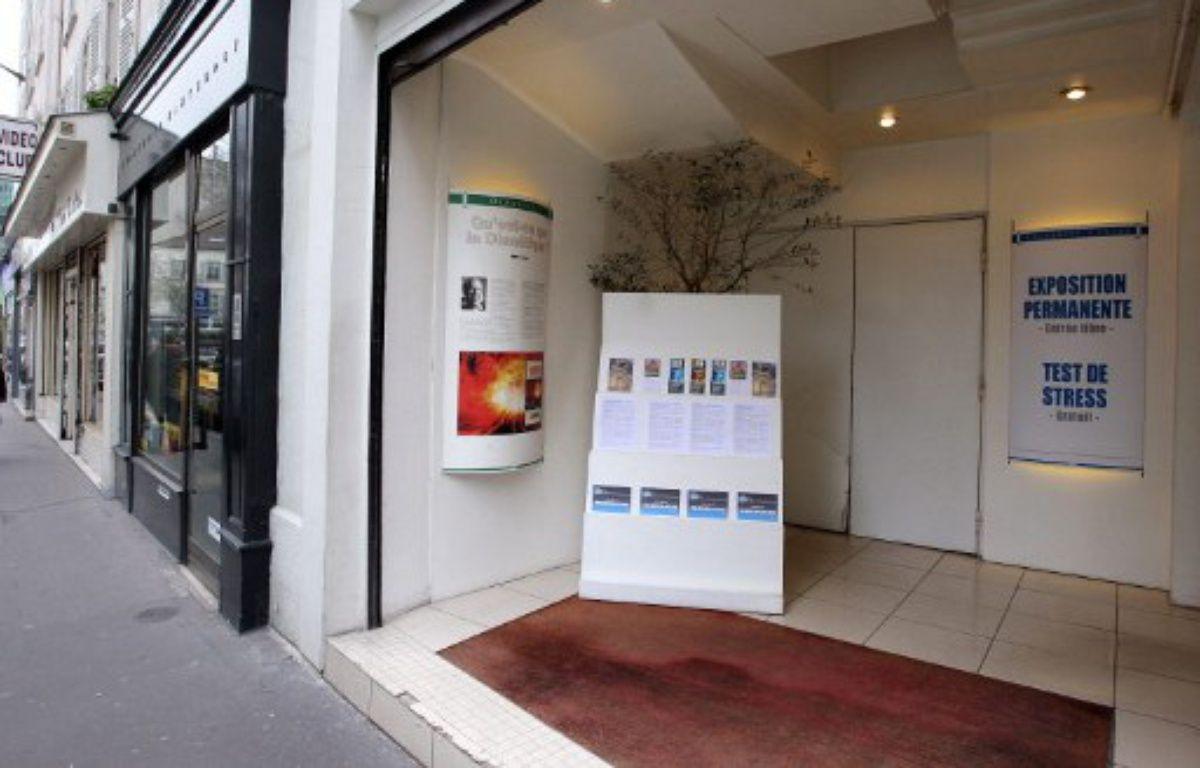 Paris, le 21 février 2008. Photo de l'entrée du Celebrity Center, structure représentative de l'Eglise de scientologie en France. – PIERRE VERDY / AFP