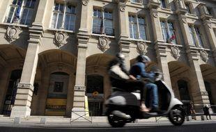 Paris u bureau de poste u l entrée de la villa adrienne cartes