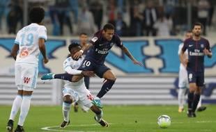 Anguissa sait comment emmerder Neymar: ne jamais le faire toucher terre.