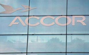Au lendemain de l'arrivée du financier Sébastien Bazin à sa tête, le groupe hôtelier Accor avu son action dévisser en Bourse mercredi, sanctionné du fait de résultats semestriels et de prévisions jugés décevants par le marché.