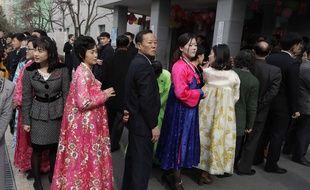 Les files devant les bureaux de votes nord-coréens étaient longues.