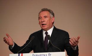 Le président du Mouvement démocrate François Bayrou le 22 février 2017 lors d'une conférence de presse à Paris