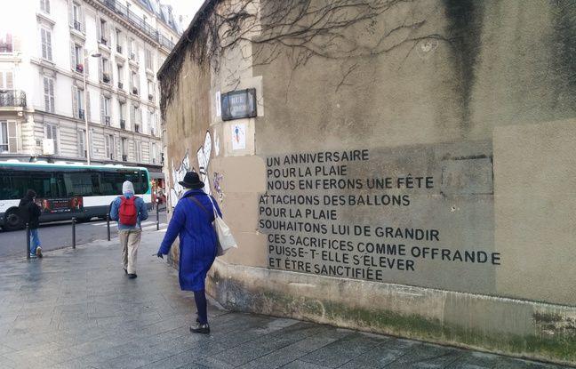 Rue Alibert, un tag sobre invite les riverains à embellir leur quartier.