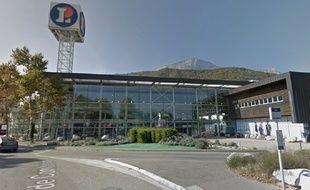 L'hypermarché Leclerc, où a accouché la jeune femme de 25 ans, à Echirolles