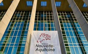 Le groupe UDI de la Nouvelle Aquitaine s'attaque à l'ex directeur financier de Poitou-Charentes.