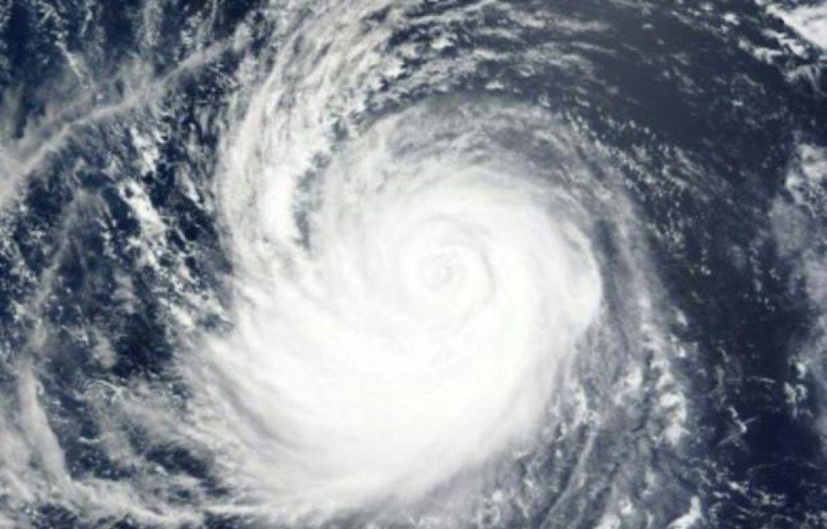 Une image satellite diffusée par la NASA montre le super typhon Soudelor dans l'océan pacifique, le 5 août 2015 – -- NASA