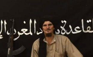 Un jihadiste français se met en scène dans une vidéo postée sur Internet, le 9 octobre 2012