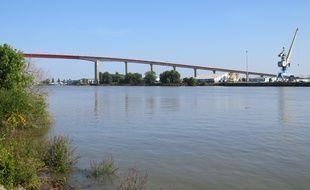 Le cadavre mutilé a été repéré près du pont de Cheviré, à Saint-Herblain.