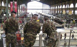 Militaires du plan Vigipirate, à la Gare du Nord, à Paris