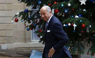 Laurent Fabius, ministre des Affaires étrangères et du Développement international, le 11 janvier 2016 à Paris.