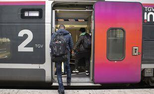 Le ministre délégué aux Transports Jean-Baptiste Djebbari a exclu pour cet été l'extension du pass sanitaire aux trains.
