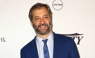 Judd Apatow trouve Hollywood hypocrite.