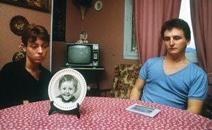Christine et Jean-Marie Villemin, le 23 novembre 1984, plus d'un mois après la mort de leur fils Grégory.