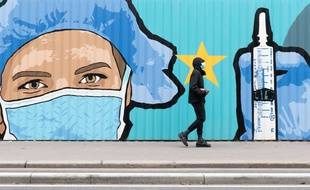 Une peinture symbolisant l'espoir d'un futur vaccin contre le Covid-19, à Paris le 13 novembre 2020.