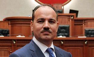 Le nouveau président albanais, Bujar Nishani, qui prend ses fonctions mardi veut faire une priorité de la réforme de la justice, exigence de longue date de l'UE, et s'engage à oeuvrer pour mettre un terme aux incessantes querelles politiques internes qui freinent le processus d'adhésion.