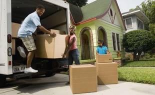 Charger un camion ce n'est pas comme une partie de Tétris, mais il vaut mieux essayer de placer des cartons sous des meubles pour gagner de l'espace.