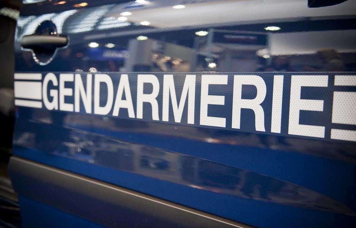 La gendarmerie inspecte les distances de sécurité. (Illustration – V. WARTNER / 20 MINUTES