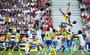 La demi-finale du Top 14 entre Clermont et Toulouse jouée au Nouveau stade de Bordeaux, le 6 juin 2015. AFP PHOTO / ROMAIN PERROCHEAU
